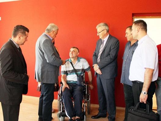 Шамац – пет станова за породице погинулих и ратне војне инвалиде