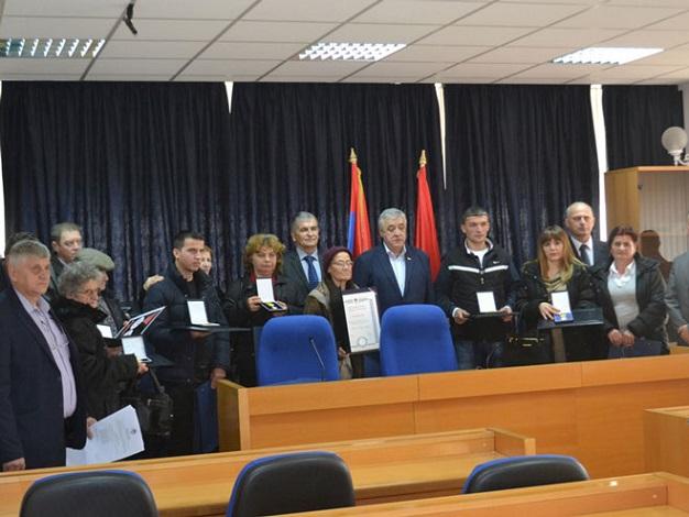 Одликовања за 30 погинулих бораца прњаворске регије