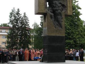 foto-spomenik-u-prijedoru