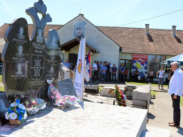 Служен помен погинулим борцима и цивилима са подручја Унке код Брода