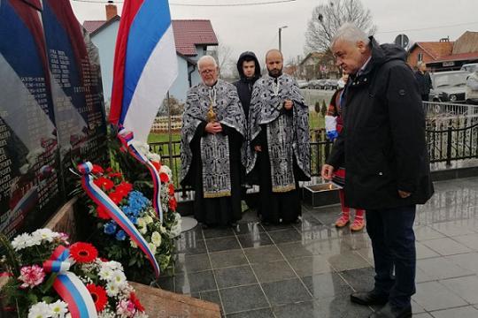 Парастос за 43 српска борца из Грбавице код Брчког