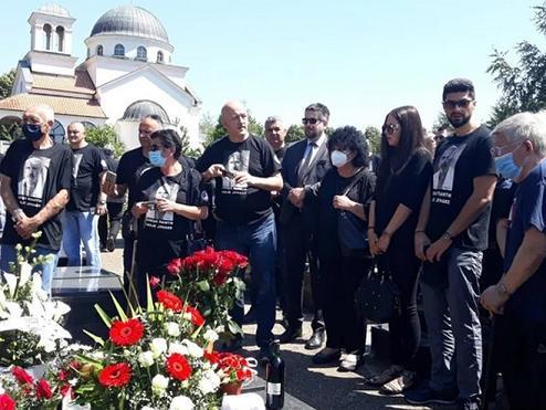 Више од 250 сабораца на помену доктору Лазићу у Нишу