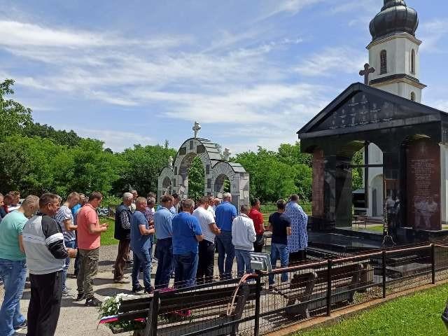 Годишњица страдања 15 припадника Војске Републике Српске и 18 цивила у Малешићу