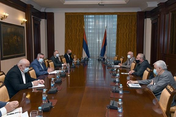 Састанак предсједника Савчића са предсједником Владе и ресорним министром
